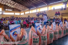 Giving of Corn Seeds and Fertilizer by Bukidnon Provincial Government 011