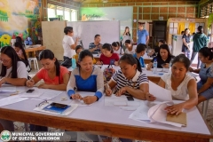 Livelihood Skills Training sa Entrepreneurship, Beauty Care, Tile Setting, ug Electrical Installation 004