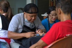 Livelihood Skills Training sa Entrepreneurship, Beauty Care, Tile Setting, ug Electrical Installation 010