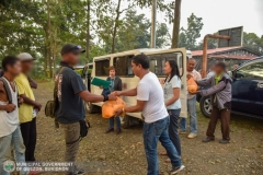 Municipal Social Welfare and Development of Quezon, Bukidnon Assists to 24 Surrenderees 007