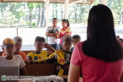 Municipal Social Welfare and Development Office with 88th Infantry Battalion Gives Assistance to 8 Surrenderees 003