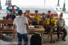 Municipal Social Welfare and Development Office with 88th Infantry Battalion Gives Assistance to 8 Surrenderees 005