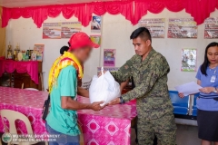 Municipal Social Welfare and Development Office with 88th Infantry Battalion Gives Assistance to 8 Surrenderees 011